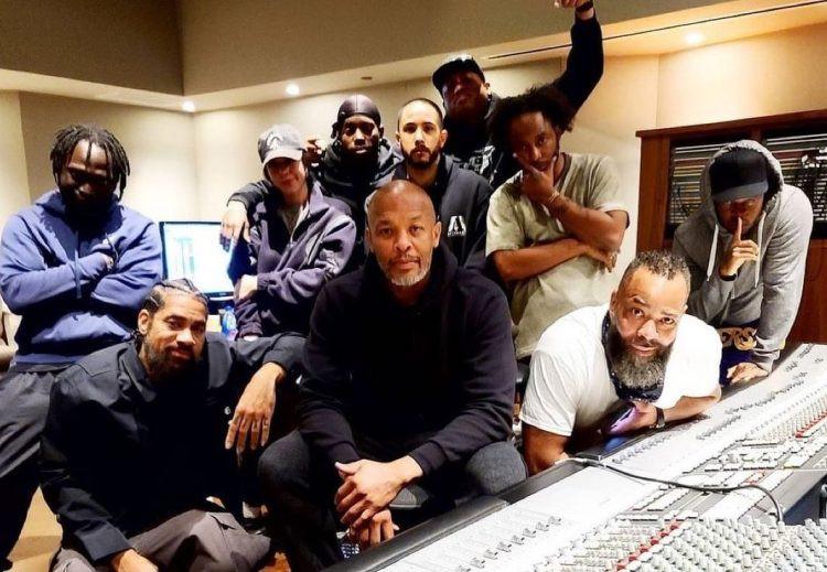 """Dr. Dre retourne au studio ; le producteur se moque de """"Detox"""" pour 2021"""